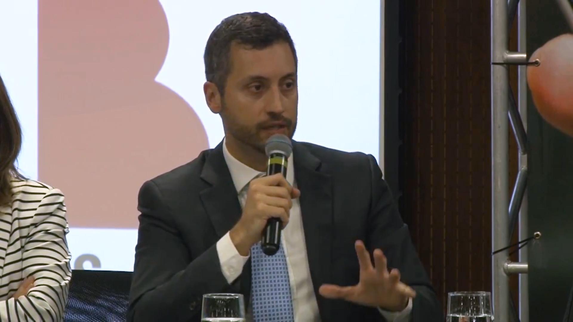 Prof. Dr. Fabrício Bertini Pasquot Polido